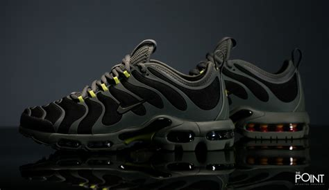 Nike Air Max Bubbleguard Ori shop nike air max plus tn ultra black green at the sneakers shop thepoint es