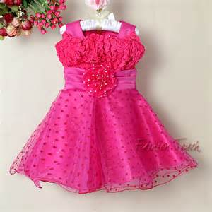 Pay attention when choosing infant flower girl dresses