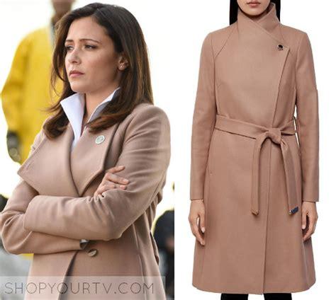designated survivor wardrobe designated survivor fashion clothes style and wardrobe
