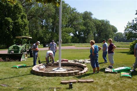 Flagpole Landscaping Ideas Iowa Landscaping Ideas Imgp6669x Jpg Flagpole Landscaping Ideas Photos Landscaping Ideas
