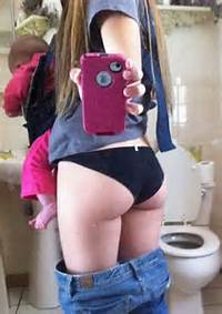 The Worst Mom Selfies Of All Time  Pophangover