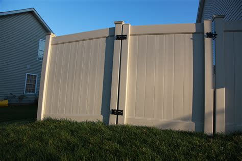 vinyl fence colors color vinyl fence gallery vinyl aluminium fence
