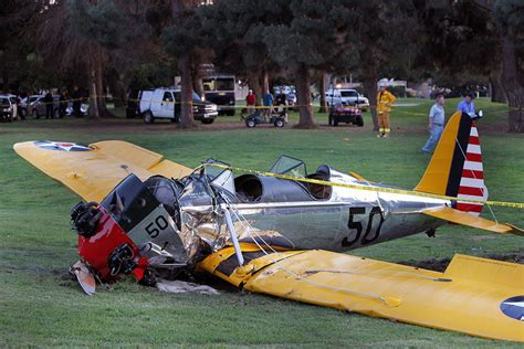 harrison ford plane crash harrison ford injured in a plane crash photo 2