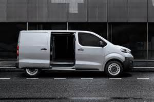 Peugeot Expert Peugeot Expert And Citroen Dispatch Pictures Auto Express