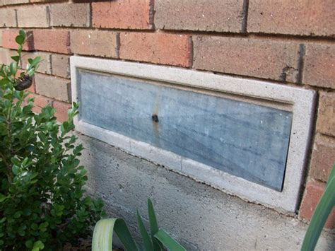 foundation vent covers by humidity control