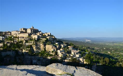 provence panorama day tours avignon france hours regular tours from avignon 1 most beautiful villages in