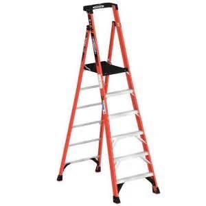 12 ft reach fiberglass podium ladder with 300 lb load capacity type