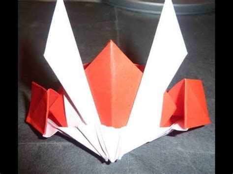 How To Make Cool Paper Hats - how to make cool gundam hat origami shogun hat カブト折り紙 机