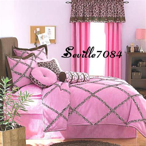 pink zebra comforter set full best 28 seventeen giraffe comforter 10p full seventeen