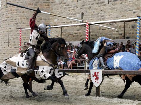 siege of carcassonne carcassonne les chevaliers gagnent la foule et l 232 vent le