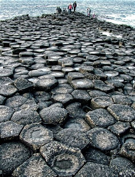 geometric shapes in nature giant's causeway northern