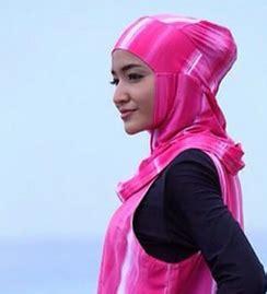 tutorial jilbab untuk renang contoh gaya hijab untuk renang
