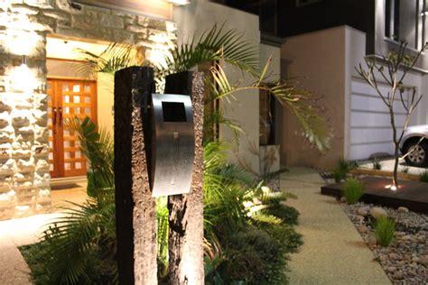 Mini Garden Memo It Post Its Memo Tempel Kecil architecture eclectic exterior with small garden design