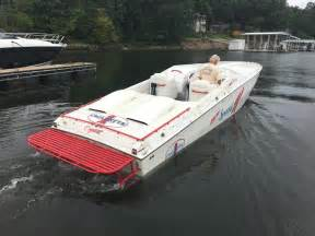 cigarette cafe racer boats for sale 1990 used cigarette cafe racercafe racer high performance