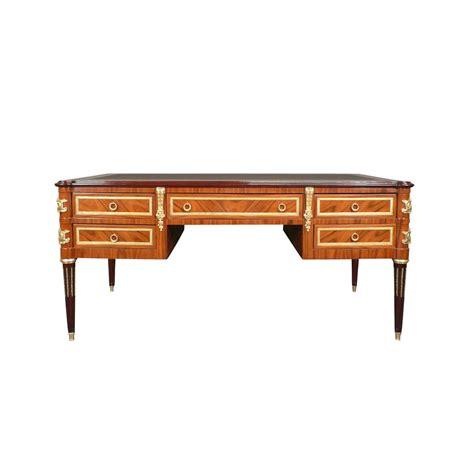 bureau 騁ude structure bureau louis xvi en palissandre mobilier de style et