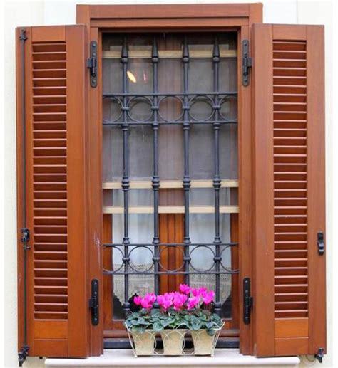 persiane per finestre persiane www serramentiefinestre it