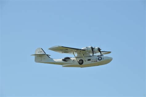 flying boat visitor centre pembroke dock crowds thrilled by catalina s flying tribute pembroke