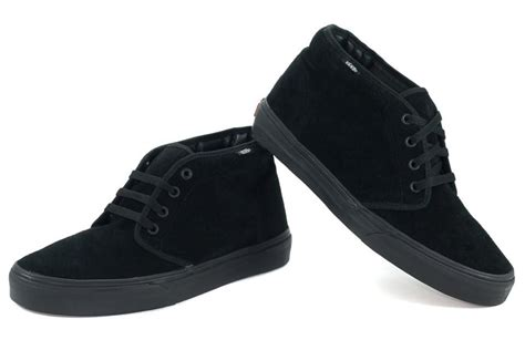 vans chukka boot black black suede vn 0egtbka classic