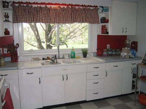 youngstown steel kitchen cabinets 27 best images about youngstown kitchen on pinterest