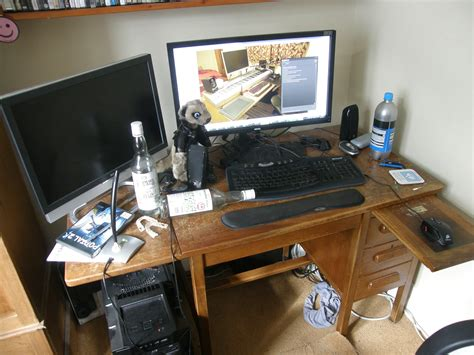 Small Desk Setup Small Desk Setup With Normal Person Desk Vs Csgo Players Desk Globaloffensive Furniture