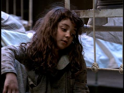 sarah hyland as molly annie 1999