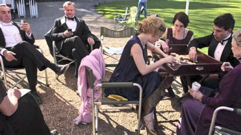 0007523661 behind the scenes at downton downton abbey behind the scenes youtube