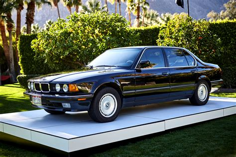 bmw in photoshoot with the bmw e32 750il