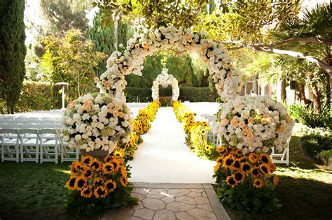 30 Summer Wedding Decorations Ideas   Wohh Wedding