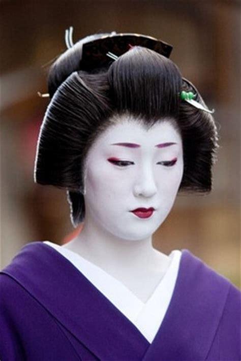 Geisha Hairstyles by 5 Different Hairstyles Worn By Maiko Apprentice Geisha