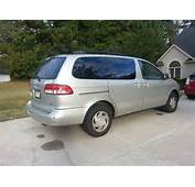 Picture Of 2002 Toyota Sienna LE Exterior