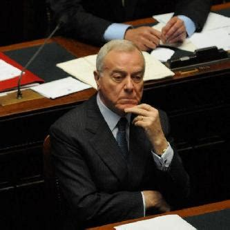 berlusconi senatore a vita gianni letta presidente della