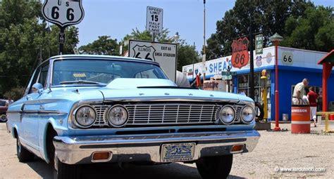 Voiture, moto et essence sur la Route 66