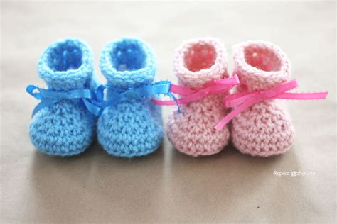 slippers for baby crochet newborn baby booties pattern repeat crafter me