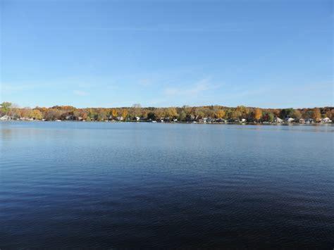 pontiac lake mi pontiac lake waterfront homes detroit michigan real estate