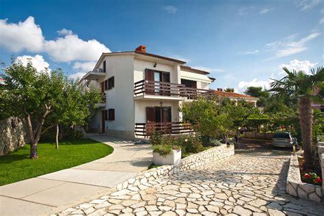 appartamenti isola krk krk appartamenti polonijo alloggi isola di krk croazia