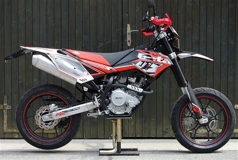 Beta Motorrad H Ndler Sterreich by Beta Rr 125 Lc Motard Motorrad Fotos Motorrad Bilder