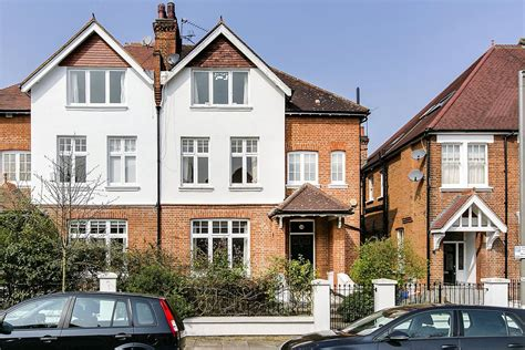 Buy A House In Putney 28 Images Castle Court 1 Brewhouse Sw15 Property For Sale In