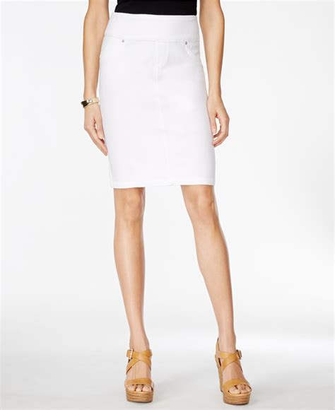 style co pull on white wash knit denim skirt only at
