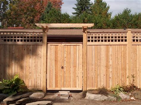 Sandringham Cedar Fence Gate With Pergola Gate Brace And Fence Pergola Designs