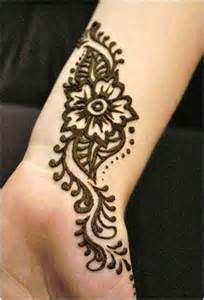Pakistani mehndi designs for arm she in fashion