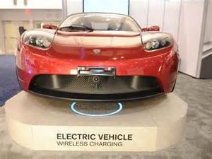 Tesla Wireless Electric Car Look Ma No Electric Cars Recharged Wirelessly