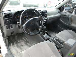 2000 Isuzu Rodeo Interior Gray Interior 1999 Isuzu Rodeo S Photo 54442176