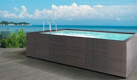 rivestimento in legno per piscine fuori terra vendita piscine fuori terra in legno rivestimento