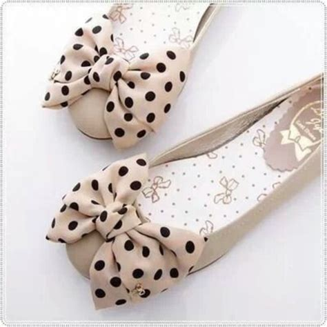 polka dot flat shoes shoes ballet flats polka dots bows polka dot flats