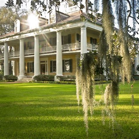 25 best ideas about plantation style homes on