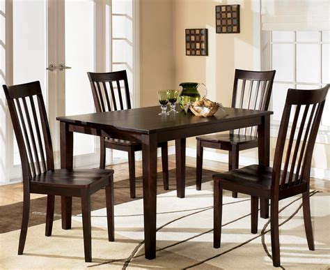 Dining Room Stores by Dining Room Furniture Coconis Zanesville Heath Stores