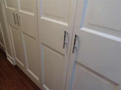 Bifold Closet Door Lock Sliding Closet Door Hardware Menards Barn Doors Menards Sliding Barn Door Hardware Tractor
