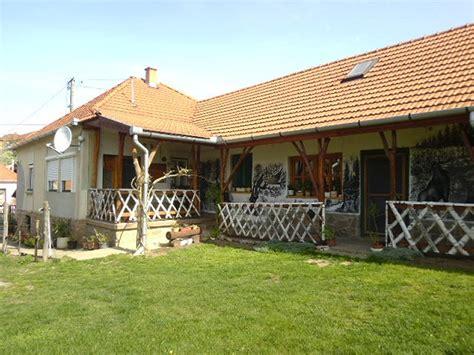 wohnhaus zu verkaufen immobilien wohnhaus ferienhaus wohnung angebotene in ungarn