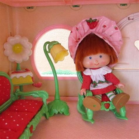 living room l for strawberry shortcake berry happy home