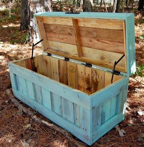 Fabriquer Un Coffre En Palette by Recycler Des Palettes De Bois
